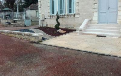 Aménagement d'une entrée de Mairie